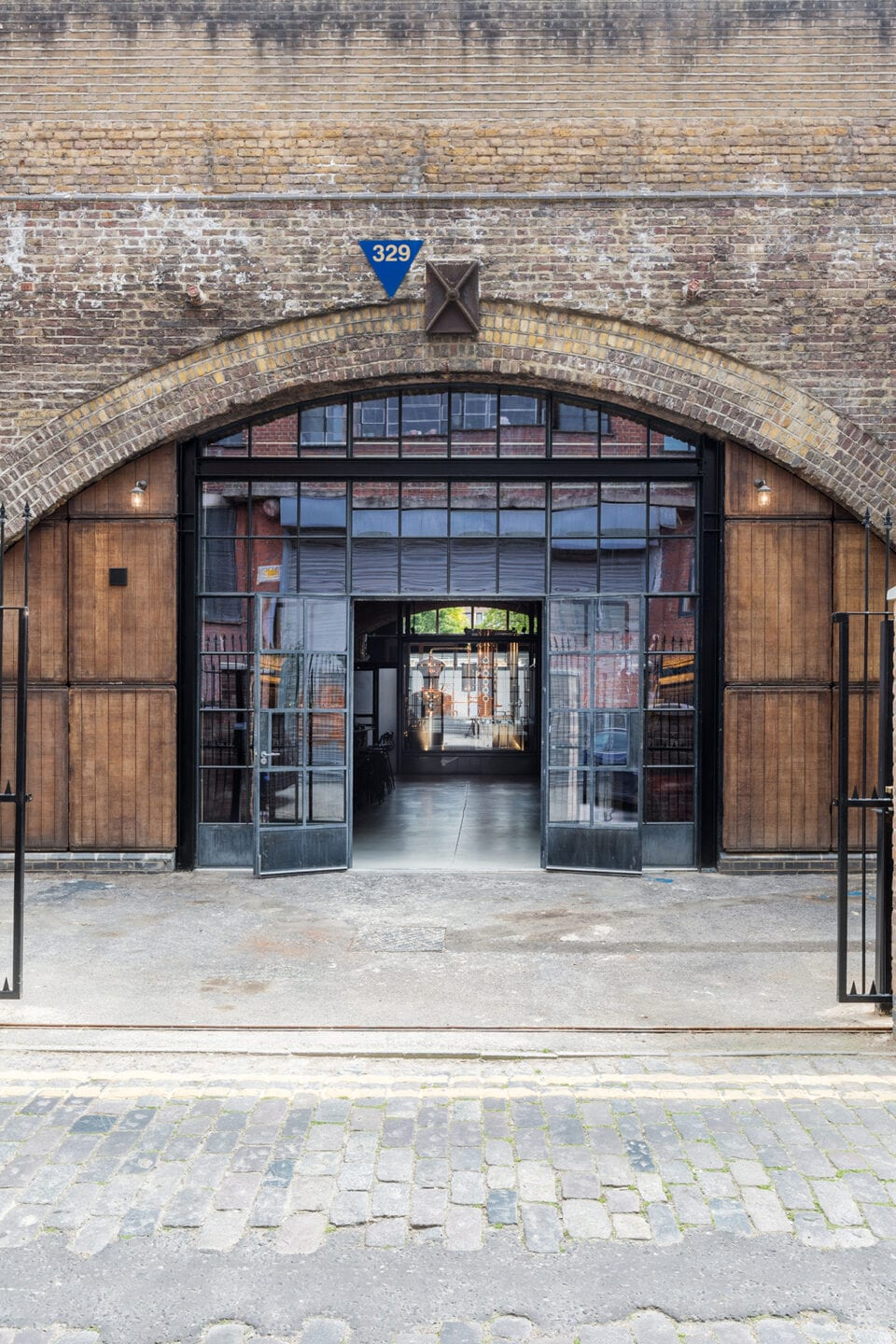 Haggerston Arches 58 Gin Disitllery London